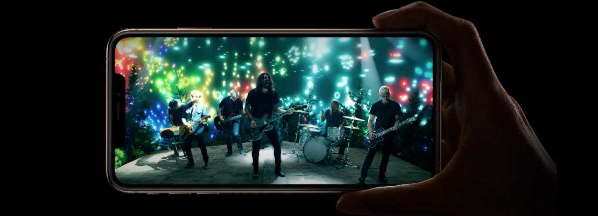 iPhoneXs Max 対 iPhone8 Plus 比較