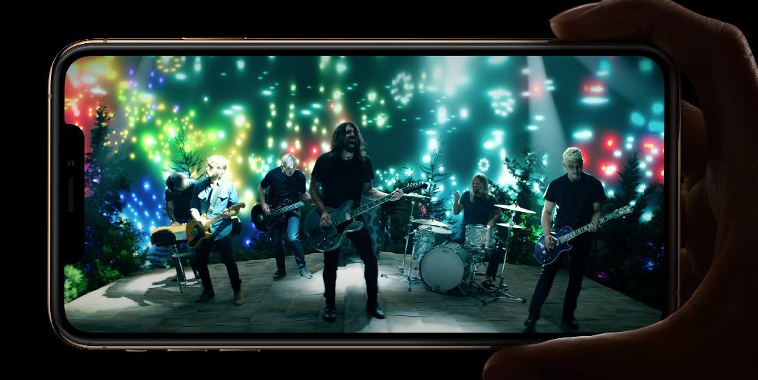 iPhoneXs 対 iPhone8